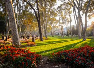 Gülhane Park in Istanbul - The most beautiful flower park in Europe