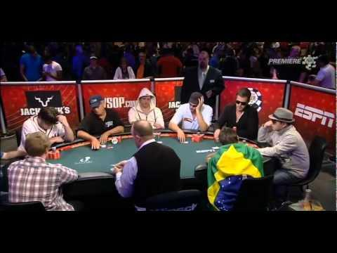 WSOP 2011 - Main Event Part 15