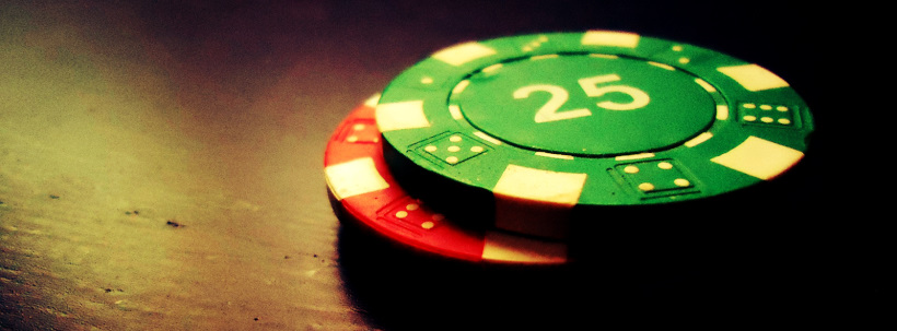 How much money does a craps dealer make